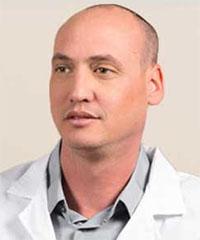 איתי שרף מנהל קליניקת Clear לטיפול במחלות עיניים בעזרת הרפואה הסינית